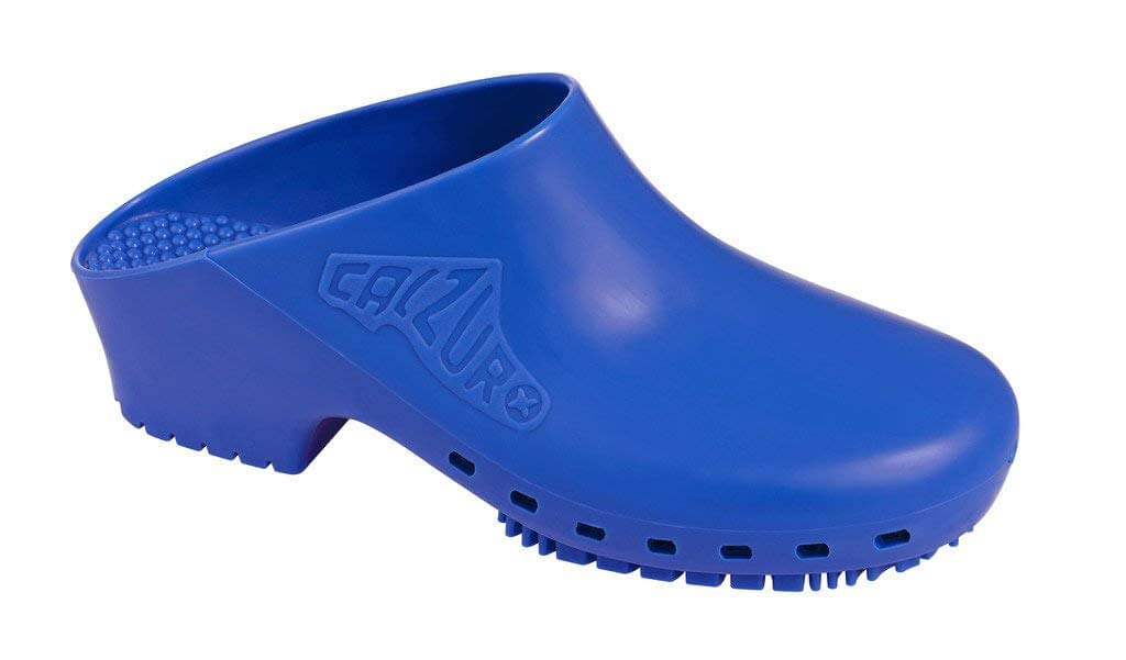 calzuro surgical clogs